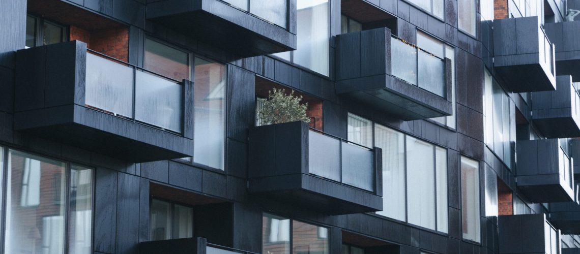 צביעת בניין מגורים